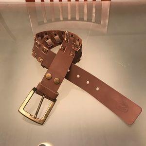 Like NEW!! Billabong leather belt